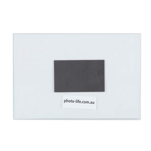 Back View of Magnetic Photo Frame 4x6 Inch