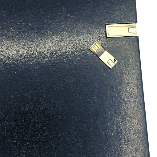 Silver USB Black Leather Dry Mount Album Showing Demo of USB