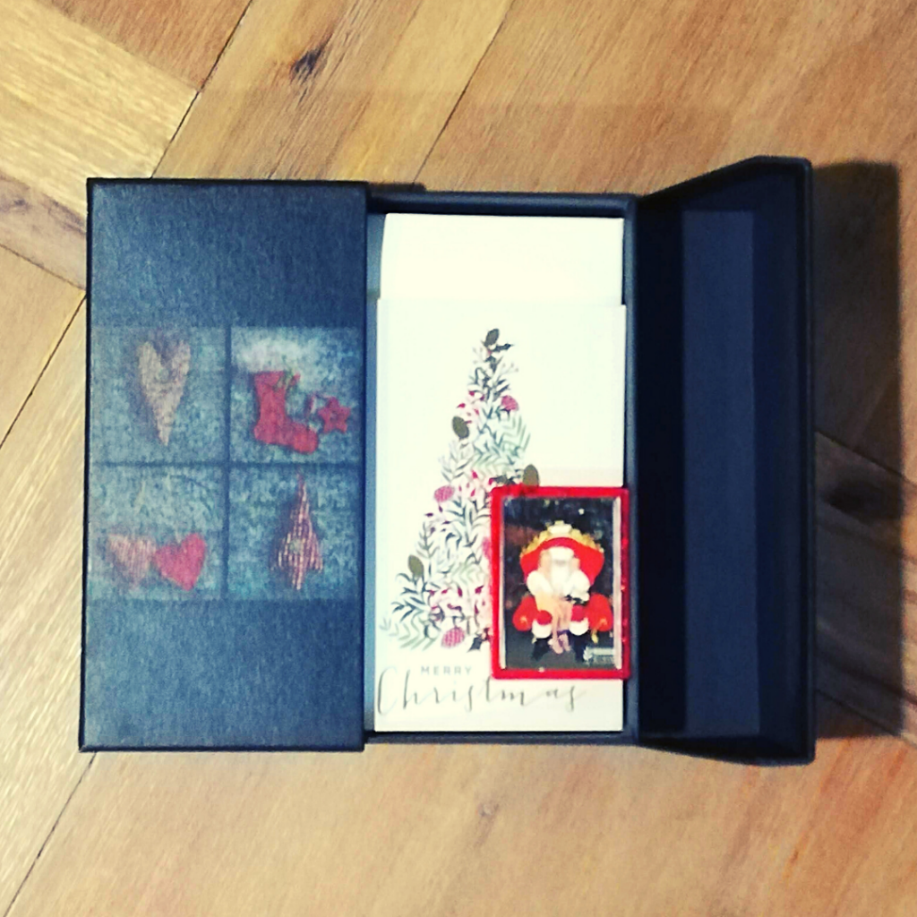 presentation memory box decoupage Christmas box inside